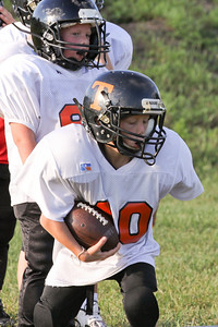 10 08 16 Jr Football Practice-079