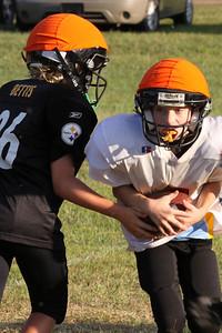 10 08 16 Jr Football Practice-141