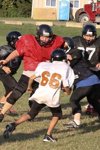 10 08 16 Jr Football Practice-147