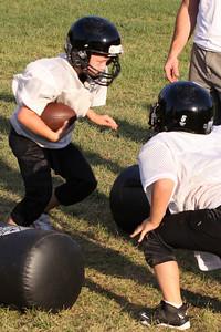 10 08 16 Jr Football Practice-170