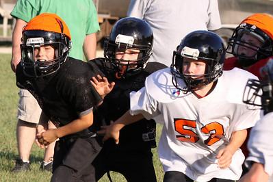 10 08 16 Jr Football Practice-069