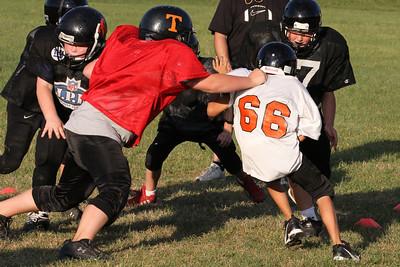 10 08 16 Jr Football Practice-148