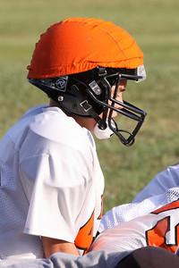 10 08 16 Jr Football Practice-021