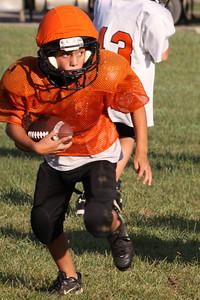 10 08 16 Jr Football Practice-068-2