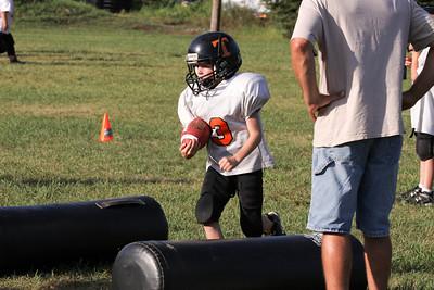 10 08 16 Jr Football Practice-008