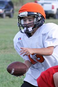 10 08 16 Jr Football Practice-099