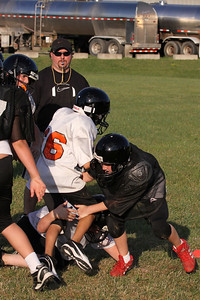 10 08 16 Jr Football Practice-129