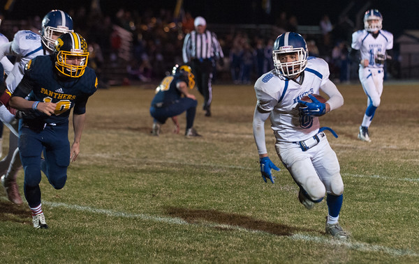 161123 Lunenburg at Quabbin Football