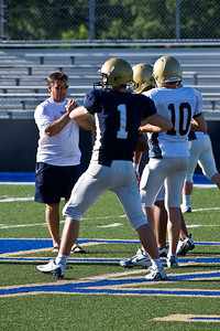Sports-Football-PA Scrimmage 2009-1