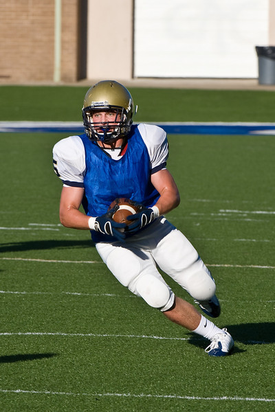 Sports-Football-PA Scrimmage 2009-34