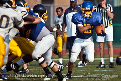 Gahanna's #37 Nick Earl runs the ball as Gahanna Lincoln High School scrimmages with Brookhaven High School Friday Morning August 14, 2009 at GHS. (©2009 James D. DeCamp | 614-367-6366 | http://www.JamesDeCamp.com)