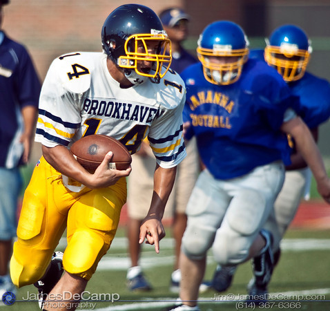 Brookhaven's #14 Ryland Ward carries the ball against Gahanna Lincoln High School during their morning scrimmage Friday August 14, 2009 at GHS. (©2009 James D. DeCamp | 614-367-6366 | http://www.JamesDeCamp.com)
