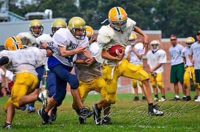 20120825-MK_Freshman_vs_Roxbury_Scrimmage-046-9
