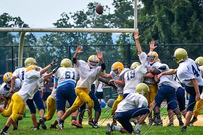 20120825-MK_Freshman_vs_Roxbury_Scrimmage-046-75