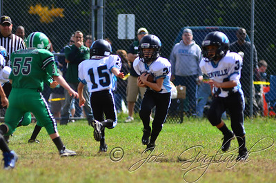 Denville Football 2013 www.shoot2please.com File name: DSC_5362.JPG From PreClinic_vs_Hopatcong on Sep 14, 2013