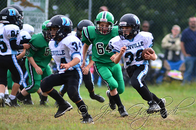 Denville Football 2013 www.shoot2please.com File name: DSC_5400.JPG From PreClinic_vs_Hopatcong on Sep 14, 2013