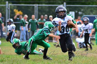 Denville Football 2013 www.shoot2please.com File name: DSC_5403.JPG From PreClinic_vs_Hopatcong on Sep 14, 2013
