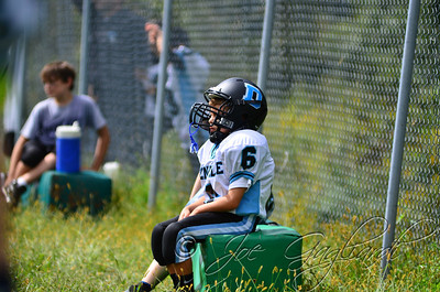 Denville Football 2013 www.shoot2please.com File name: DSC_5379.JPG From PreClinic_vs_Hopatcong on Sep 14, 2013