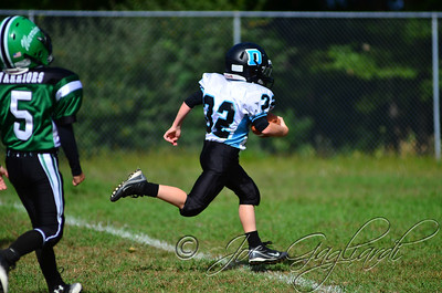 Denville Football 2013 www.shoot2please.com File name: DSC_5087.JPG From SPW_vs_Hopatcong on Sep 14, 2013