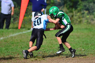 Denville Football 2013 www.shoot2please.com File name: DSC_5037.JPG From SPW_vs_Hopatcong on Sep 14, 2013