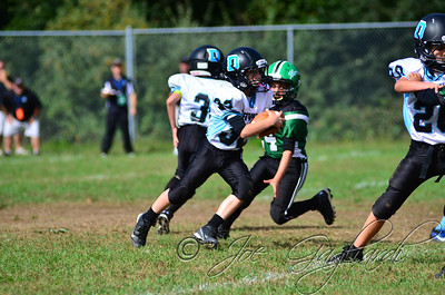 Denville Football 2013 www.shoot2please.com File name: DSC_5083.JPG From SPW_vs_Hopatcong on Sep 14, 2013