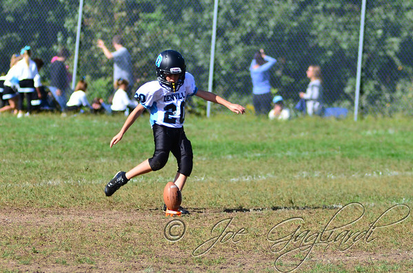 Denville Football 2013 www.shoot2please.com File name: DSC_5017.JPG From SPW_vs_Hopatcong on Sep 14, 2013