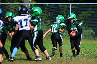 Denville Football 2013 www.shoot2please.com File name: DSC_5063.JPG From SPW_vs_Hopatcong on Sep 14, 2013
