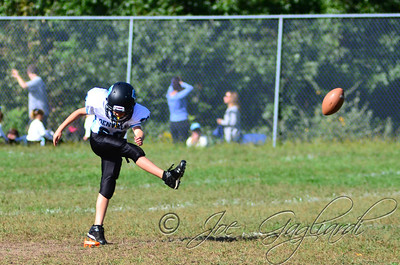 Denville Football 2013 www.shoot2please.com File name: DSC_5018.JPG From SPW_vs_Hopatcong on Sep 14, 2013