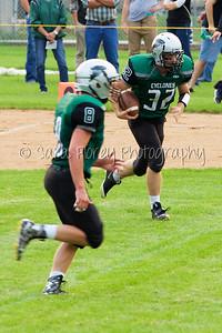 '15 Cyclone Varsity Football 32