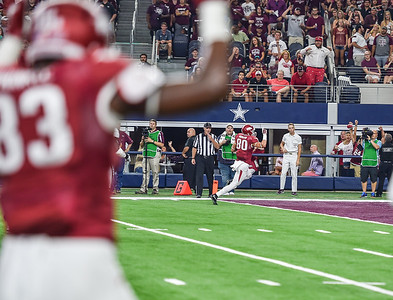 Drew Morgan (80) with a touchdown reception during the Southwest Classic game between the Arkansas Razorbacks and the Texas A&M Aggies at AT&T Stadium in Arlington, Texas.   (Alan Jamison, Nate Allen Sports Service)