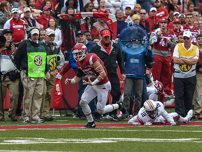 Arkansas Razorbacks wide receiver Drew Morgan (80) with a reception and run for a touchdown in overtime during the football game between the Arkansas Razorbacks and the Auburn Tigers at Reynolds Razorback Stadium in Fayetteville, Arkansas.  Arkansas won 54-46 in four overtimes.  (Alan Jamison, Nate Allen Sports Service)