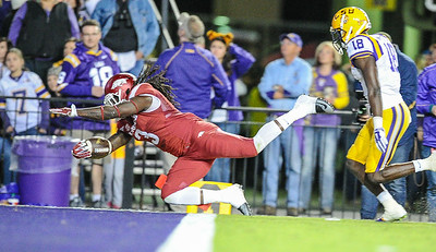 Arkansas Razorbacks running back Alex Collins (3) with a rushing touchdown during a football game between Arkansas and LSU on November 14, 2015.    (Alan Jamison, Nate Allen Sports Service)