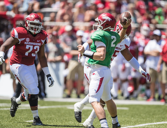 Rate Peavey passes during the Arkansas Razorback Spring Football Game on 4/23/2016.   (Alan Jamison, Nate Allen Sports Service)