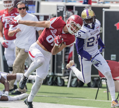 Arkansas Razorbacks wide receiver Cody Hollister (81) with a reception during a football game between the Arkansas Razorbacks and the Alcorn State Braves on Saturday, October 1, 2016.  (Alan Jamison, Nate Allen Sports Service)
