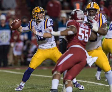 LSU Tigers quarterback Danny Etling (16) passes during a football game between Arkansas and LSU on Saturday, November 12, 2016.  (Alan Jamison, Nate Allen Sports Service)