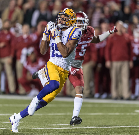 LSU Tigers wide receiver Malachi Dupre (15) with a reception during a football game between Arkansas and LSU on Saturday, November 12, 2016.  (Alan Jamison, Nate Allen Sports Service)