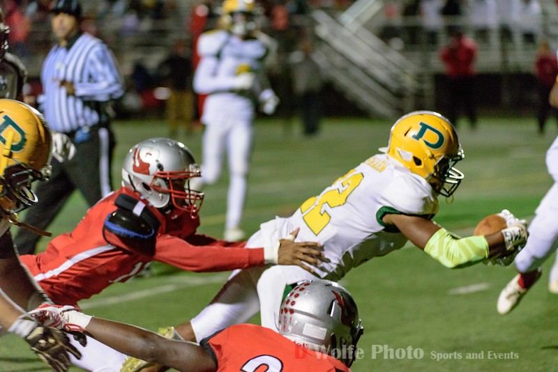 Stretching it out for a touchdown, running back Cedric Cole iv put one over the line for Damascus.