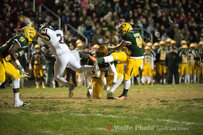 Damascus' first extra point attempt of the game goes wide by kicker Junior Baires