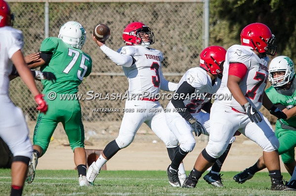 2018 JV Eagle Rock vs Torres Toros football photos