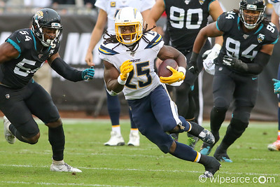 Melvin_Gordon_2019_Jags_Chargers_wlpearce com_0454
