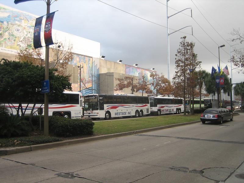 Ohio State fan shuttle busses