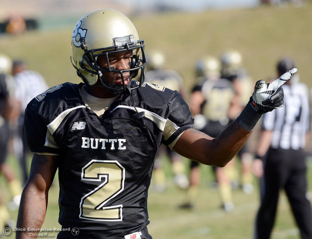 . Butte College\'s #2 Deonte Flemings against San Mateo College in the first quarter of their football game at Butte\'s Cowan Stadium Saturday, November 2, 2013 in Oroville, Calif.  (Jason Halley/Chico Enterprise-Record)