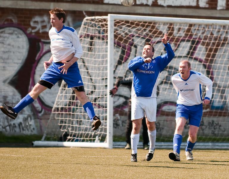 Jumping – Paul Spalding, standing – Ian Beale