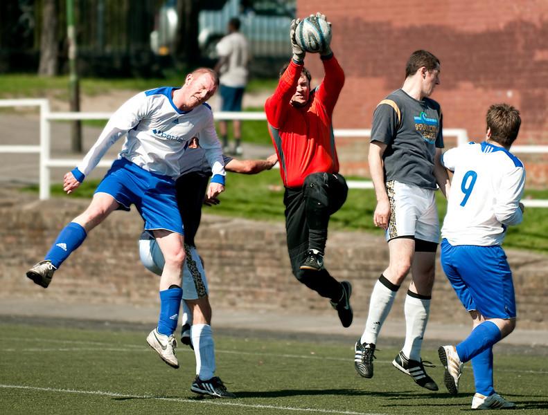 Jumping – Ian Beale, standing – Joe Heywood