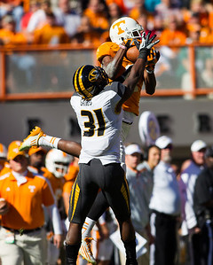 Knoxville, TN - November 10, 2012: Wide receiver Justin Hunter #11 of the Tennessee Volunteers  during the game between the Missouri Tigers and the Tennessee Volunteers at Neyland Stadium in Knoxville, TN. Photo By Tim Gangloff/Tennessee Athletics