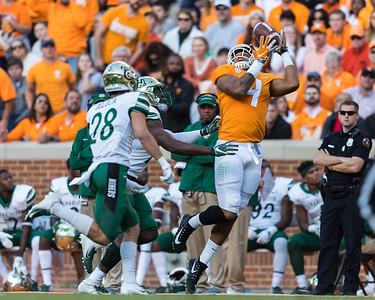 NCAA Football 2018: Charlotte vs Tennessee NOV 03