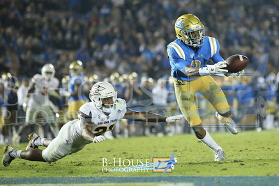 NCAA Football 2017: Arizona State vs UCLA NOV 11