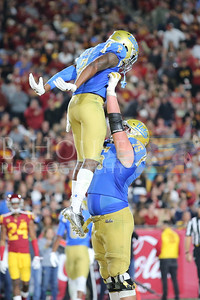 NCAA Football 2017: UCLA vs USC NOV 18