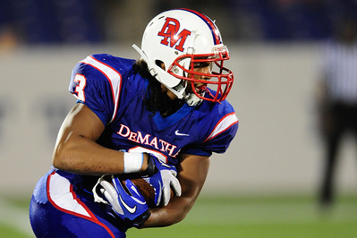 Sept 9, 2011 : DeMatha's Troye Bullock (3) runs the ball during action at the 2011 Patriot Classic Football tournament at the United States Naval Academy Stadium in Annapolis, Maryland. Calvert Hall dominated and came away with a 18-0 victory over DeMatha.
