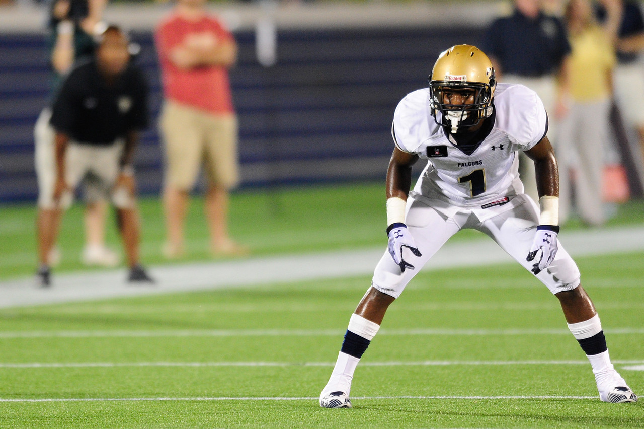 Sept 10, 2011 : Leading national wide receiver prospect Stefon Diggs (1) during action at the 2011 Patriot Classic Football tournament at the United States Naval Academy Stadium in Annapolis, Maryland. Good Counsel defeated Gilman 26-21.